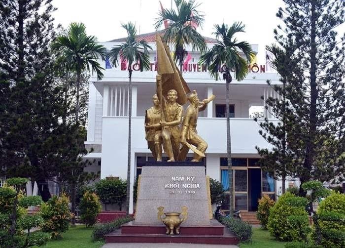 Di Tích Dinh Quận Hóc Môn lưu giữ nhiều kỷ vật, tư liệu lịch sử