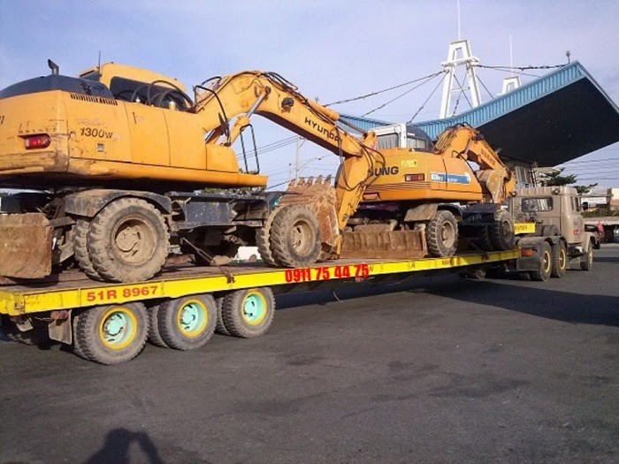 Vận chuyển máy móc công trình, máy đào, máy xúc