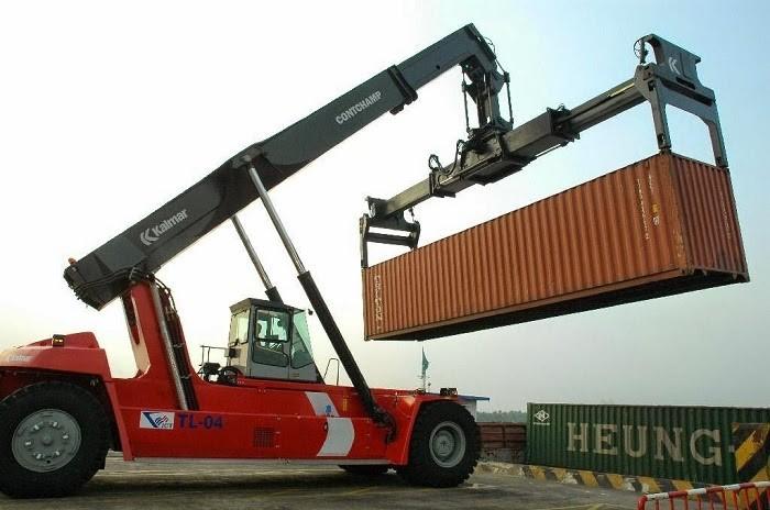 Xe cẩu thường dùng bốc dỡ thùng container