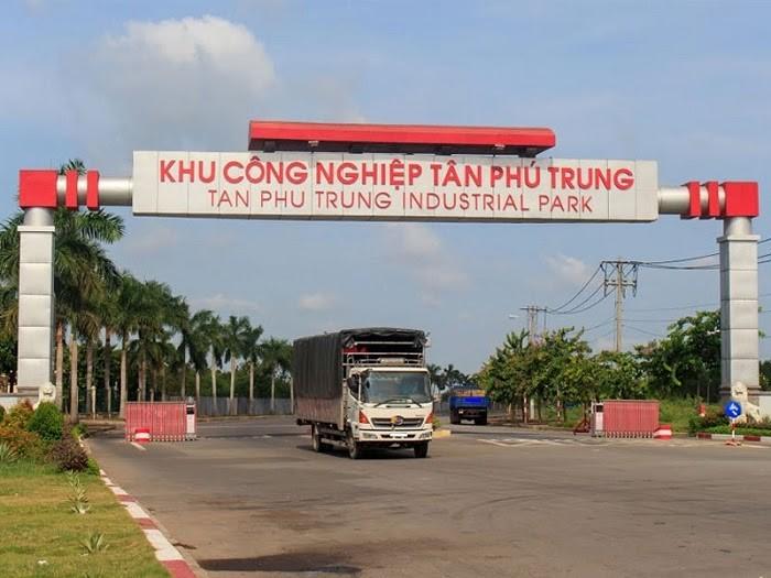 Vận chuyển hàng ở KCN Tân Phú Trung
