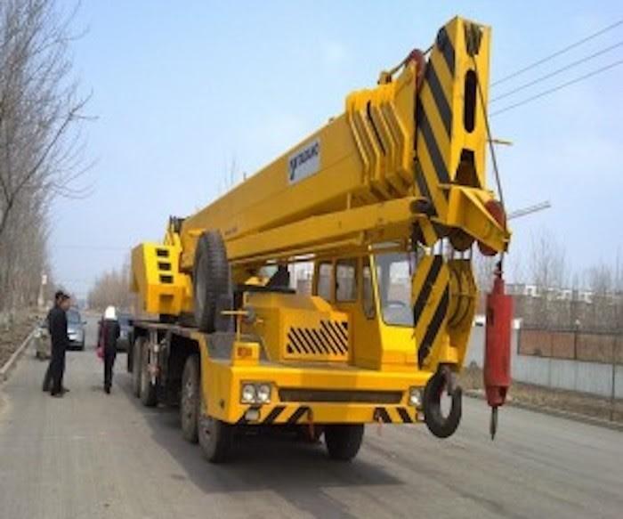Xe cẩu 30 tấn